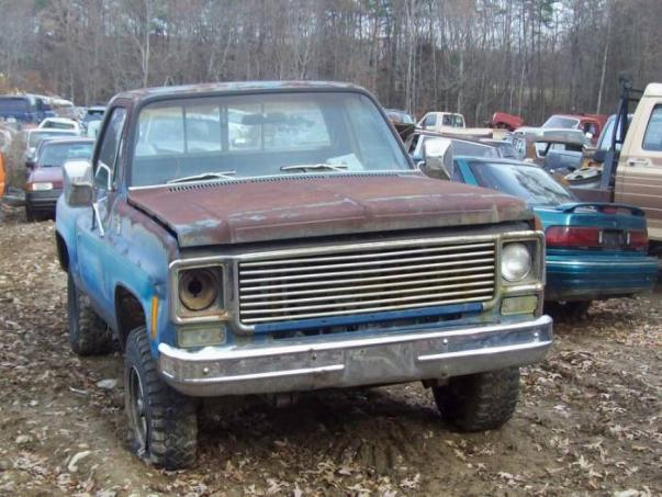 UNDER1981.COM/1977 CHEVY TRUCK/1977 GMC TRUCK/77 CHEVY-GMC TRUCK